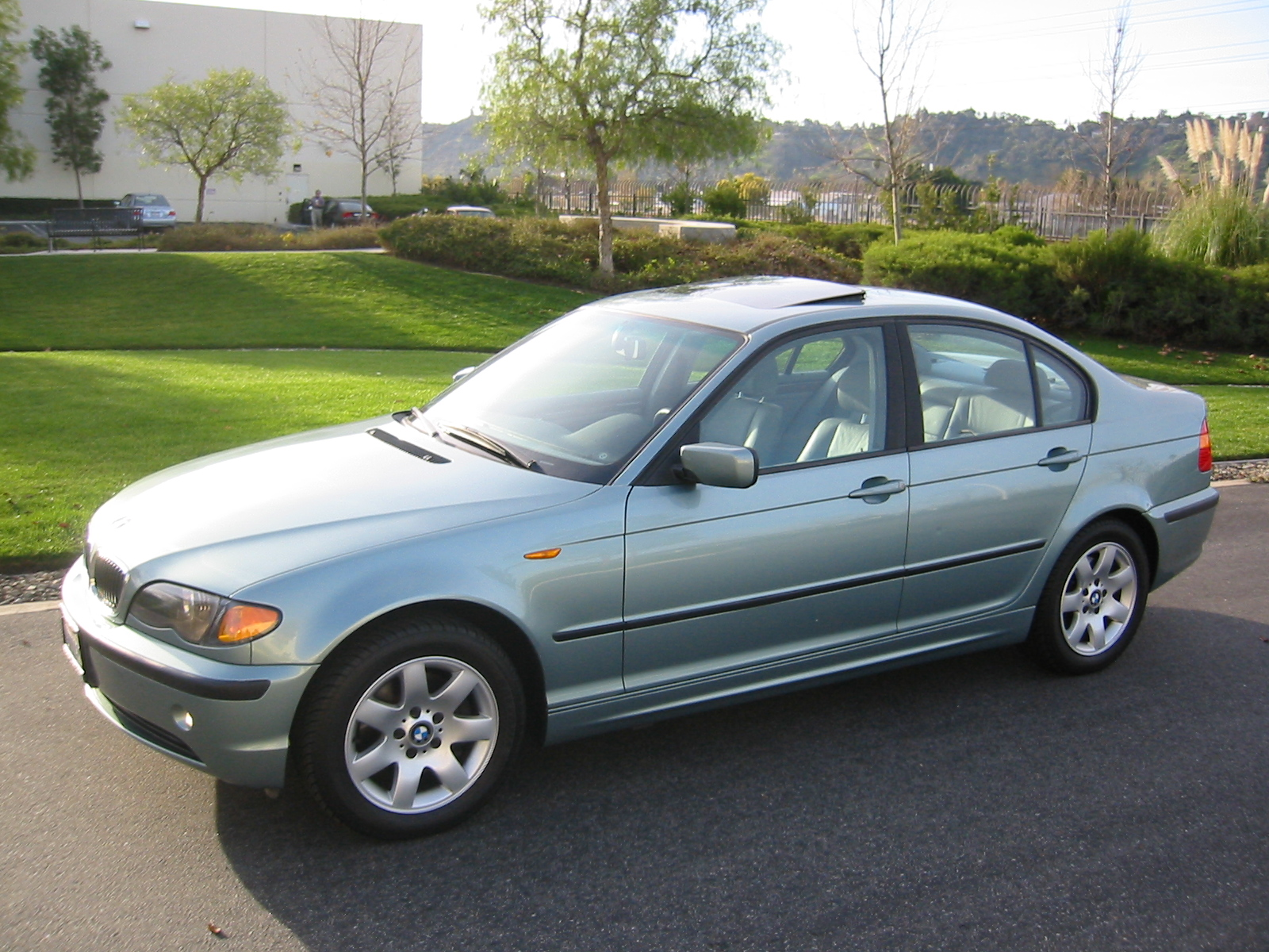 Click image for larger version name 2002 bmw front side jpg views 7520