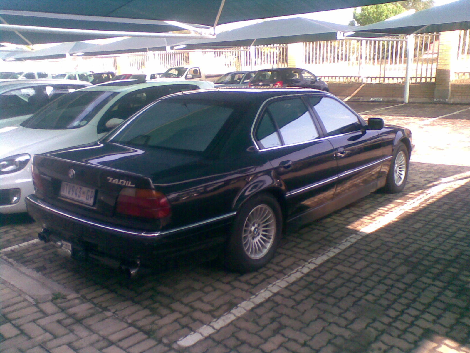 What type of BMW do you own? (or previously owned)-740il.jpg