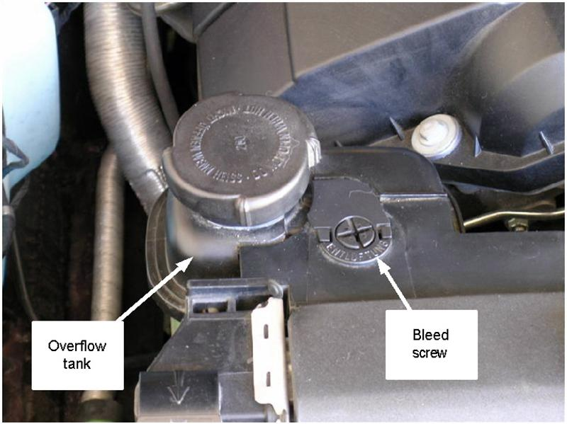 E39 528i overheating-bleedscrewtank.jpg